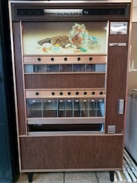 1970s Vintage candy machine  Draper, 84020