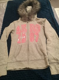 Gray and pink aeropostale zip-up hoodie size xs Whitby, L1R 1Y7