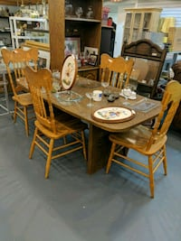 brown wooden dining table set Richmond, 23235