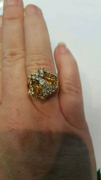 $480 firm 1/2 diamond in the shape of a bow Manassas Park, 20111
