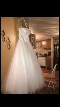 Mori Lee Wedding Dress Size 9/10 in great conditio Church Point, 70525