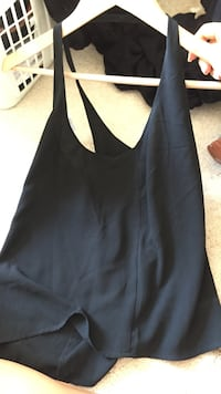 black scoop-neck sleeveless top Gaithersburg, 20878