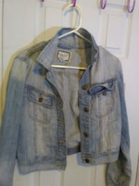 gray button-up jacket Victoria, V8W 2G5