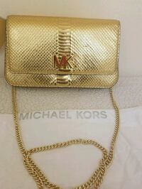 Michael Kors  Leather Crossbody Clutch purse  Fort Myers