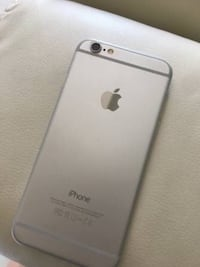 silver iPhone 6 with box Burnaby, V5J 3G8