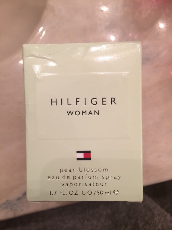 Tommy Hilfiger perfume(Pear Blossom) Never been opened. Still in packa 72295708-8838-4334-bbcb-fe1883ee66db
