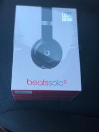 Beats solo 2 luxe edition brand new never been opened Oakville, L6H 6J5