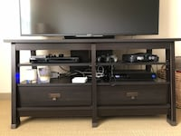 Entertainment console - must go by 8/25 Oakland, 94612