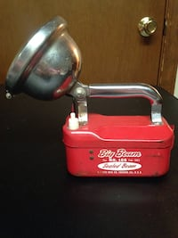 Vintage Big Beam Flashlight Pat. Number 166 February 1953 Battery Not Included  Louisville, 40213
