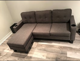 MODERN GREY SECTIONAL COUCH - EXCELLENT COND -FREE DELIVERY ONLY TODAY
