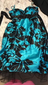 Black and blue floral spaghetti strap dress size 10