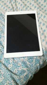 IPad Air 1 16gb in excellent condition Toronto, M4H 1J6