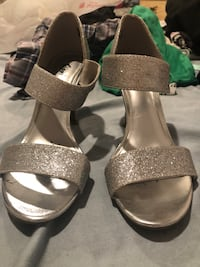 Homecoming shoes (silver)