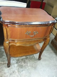 end table or nightstand  Missouri City, 77489