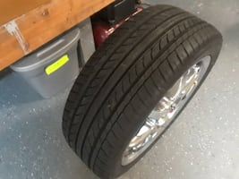 "New 225/45/17 Tires on 17"" Chrome Wheels (5 total and should fits most cars)"