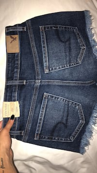 Blue American Eagle denim bottoms Oshawa, L1K 0J2