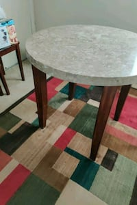 Table Lanham, 20706