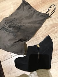Trussardi authentic shoes size 6 like new !!! Toronto