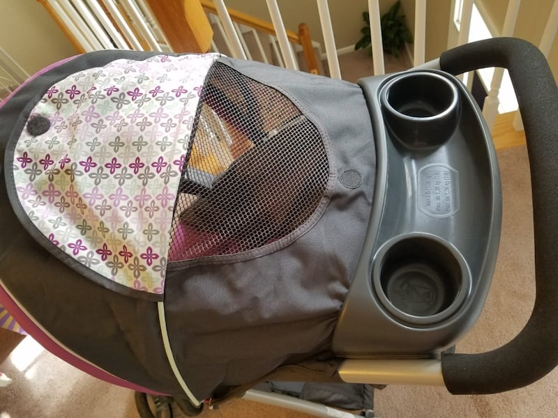 Graco FastAction Fold Stroller and Infant Car Seat Travel System 8cddb3b0-5e04-425c-aac7-552cd2871668