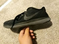 Nike running shoes back and grey  Thousand Palms, 92276