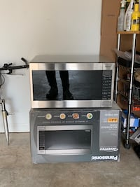Panasonic Full Size 2.2 cu. Stainless Steel Built in Capable with Sensor Cooking and Inverter $150.00 Suwanee, 30024