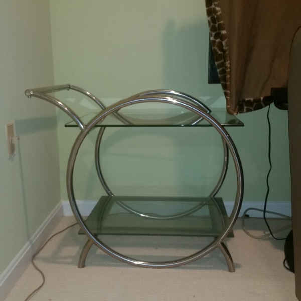 $75 - Glass Table - Side Bar Table a5333cf7-96ef-4964-8b7c-11d2f23179c5