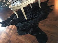 Black and white wooden table