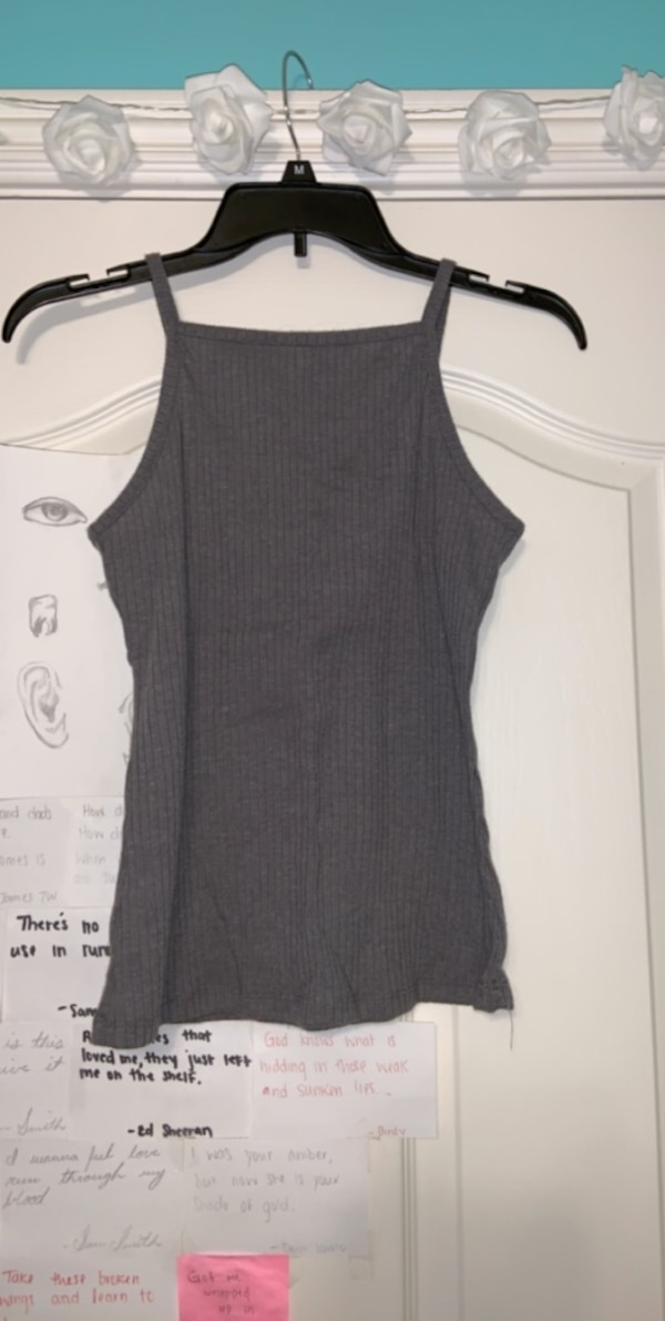 Rue 21 Grey Tank Top With Line Detailing. Size L Junior