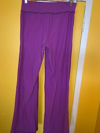 PURPLE LULULEMON YOGA PANTS Toronto, M6P 2T3