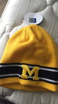 yellow and black knit cap Silver Spring, 20904