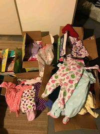 toddler's assorted clothes Calgary, T3R 0A1