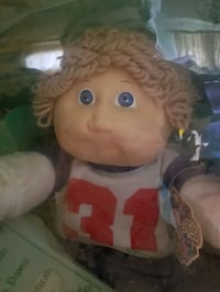 Cabbage Patch Doll NIB from 1985