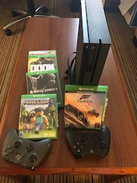 Xbox one console with controller and game cases Ellicott City, 21043