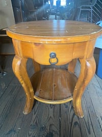 Round Coffee Table / Counter