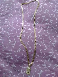 silver chain necklace with heart pendant West Palm Beach, 33401