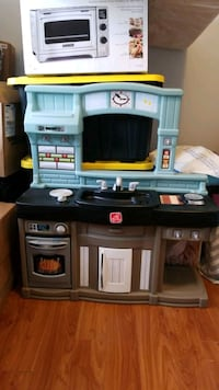 kitchen play set Burnaby, V3N 2P5