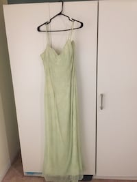 Brand new beaded gown. Richmond Hill, L4E 0S2