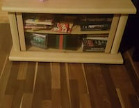 Bookcase/ Entertainment Stand Torrance, 90501