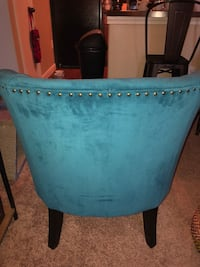 SET OF 2 BLUE SUEDE STUDDED ACCENT CHAIRS Austin, 78753
