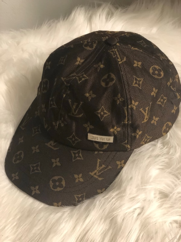d20bdd9a86b Used Black and brown Louis Vuitton baseball cap for sale in Tucker - letgo