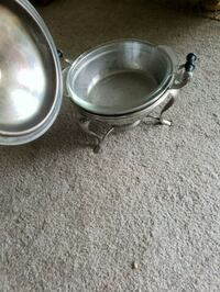 two round stainless steel bowls Auburn, 98002