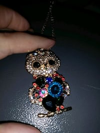 Besty joshson owl necklace  Dalton