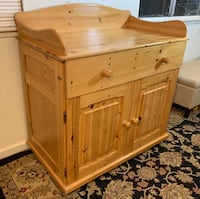 Solid Wood European Style Changing Table / Dresser Modesto, 95355