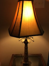 Beautiful palm tree end table lamp. 35 in. Tall. $25 Slidell, 70460