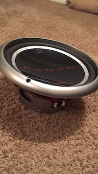 Black and gray punch subwoofer 12 inch El Paso, 79936