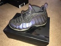 Pair of  space blue  nike foamposite pro shoes with box Frederick, 21702