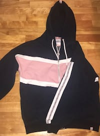 black and white zip-up hoodie Montréal, H1G 2E7