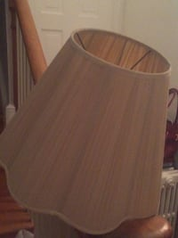 Lamp shade cream color University Park, 20782