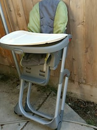baby's white and green high chair Clovis, 93612