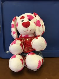 Build a Bear dog with Hearts and outfit. Great condition  2284 mi